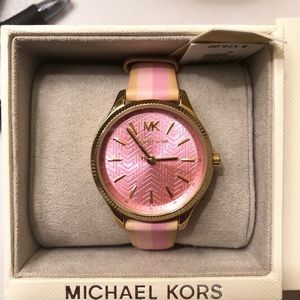 NWT Michael Kors Pink Painted Leather Watch